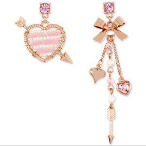 BETSEY JOHNSON-Pearl Heart & Bow Mismatch Earrings
